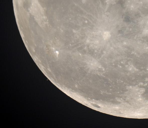 Aldebaran-Mond-CPreuss-29102015-02