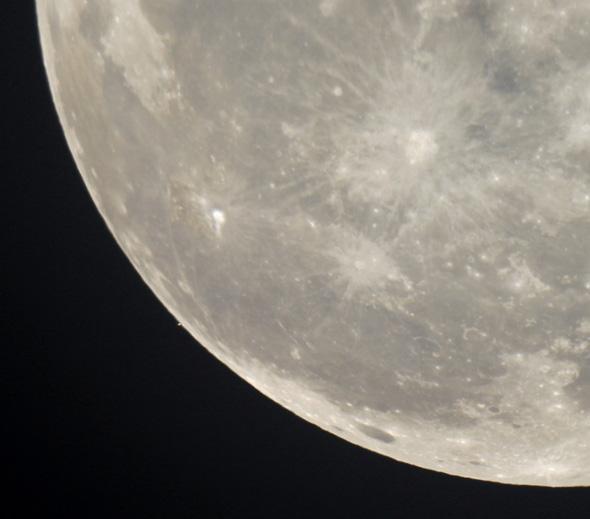 Aldebaran-Mond-CPreuss-29102015-03