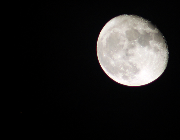 Aldebaran-Mond-CPreuss-29102015-13